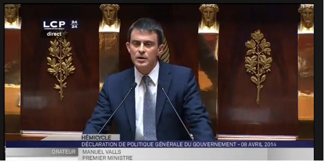 "Valls ""se concentrer sur l'essentiel"""