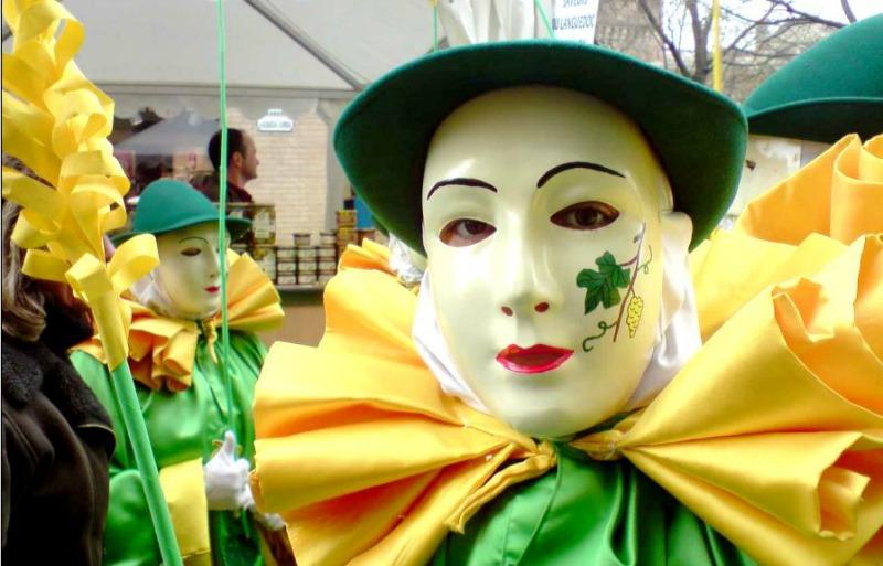 Première sortie publique pour Moudenc au Carnaval de Toulouse