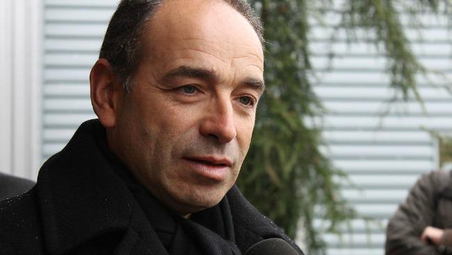 """Copé écrit aux militants de l'UMP et reconnaît des factures """"que l'UMP n'aurait pas dû honorer"""""""