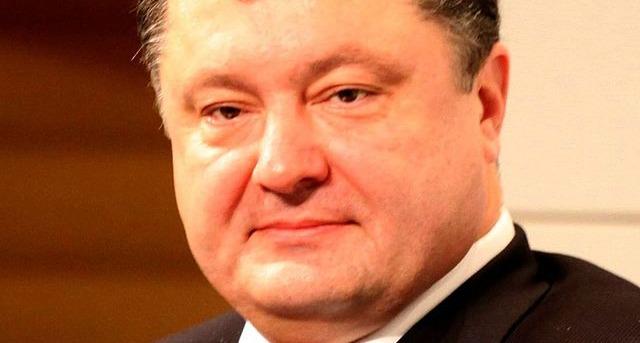 Ukraine : Porochenko élu président et félicité par François Hollande