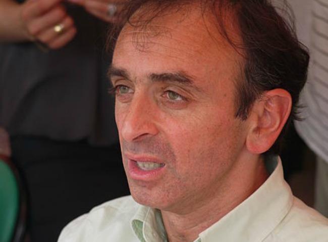 """""""Déportation des musulmans"""" : plainte contre Zemmour"""