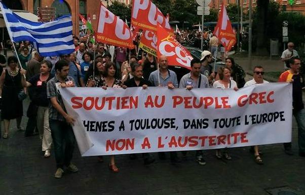 Plusieurs centaines de manifestants à Toulouse pour soutenir la Grèce