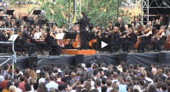 La foule pour écouter l'orchestre du Capitole en concert à la Prairie des Filtres