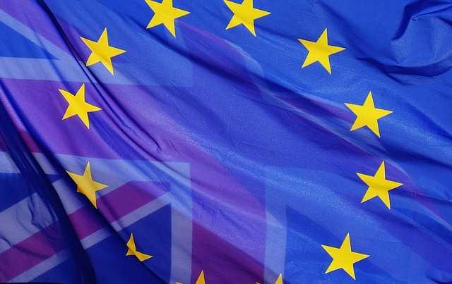 Editorial - un Référendum Oui Mais