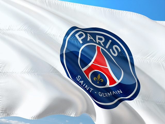 Foot. Paris renverse Lyon et remplace Lille
