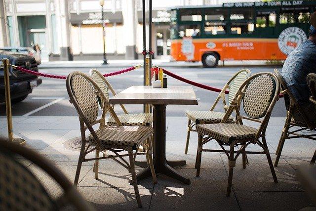 Réouverture des terrasses : ce qu'il faut savoir avant d'aller au bar et au restaurant