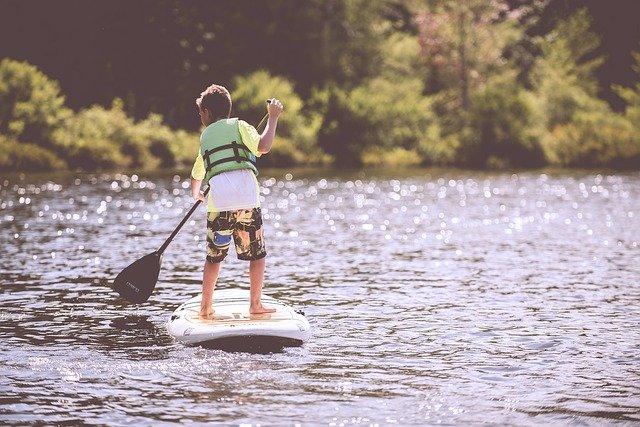 Nouvelles tendances: le paddle électrique