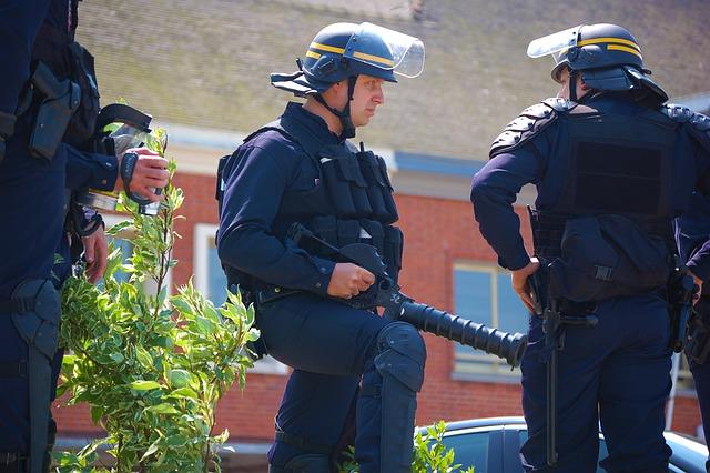 Alpes-Maritimes : 200 gendarmes traquent un homme suspecté de féminicide