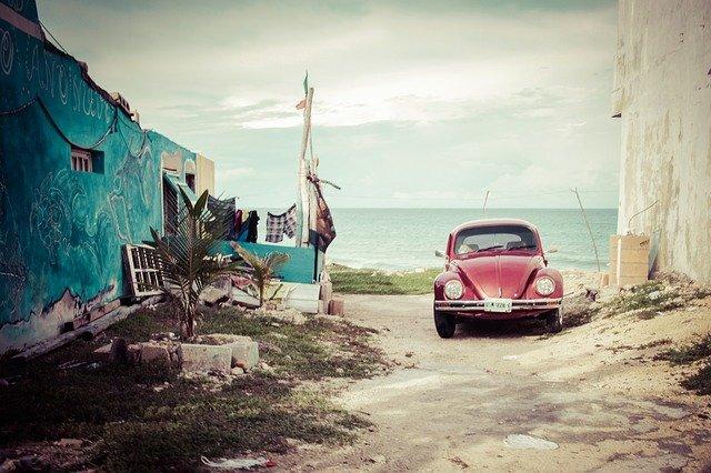 La tempête Grace se renforce en ouragan, et se dirige vers le Mexique