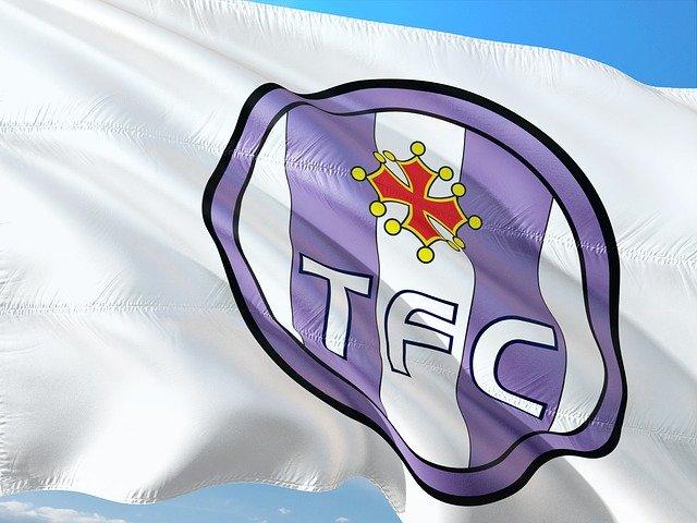 Yanis Begraoui international U20 signe au Toulouse Football Club