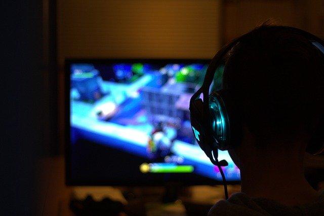 VIDÉO. Handicapé, il joue aux jeux vidéo… avec ses pieds