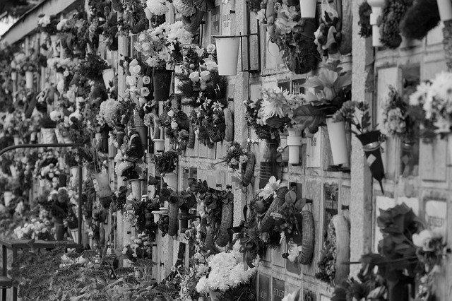 Covid19 - en Martinique, les pompes funèbres débordées