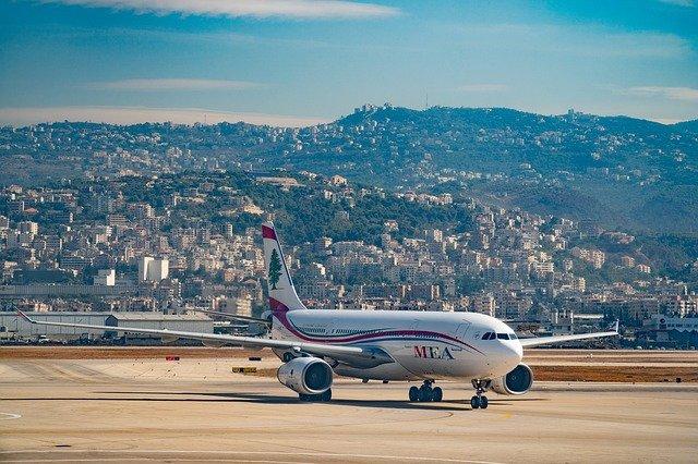 Beyrouth : un an après la double explosion, la communauté internationale promet 370 millions de dollars