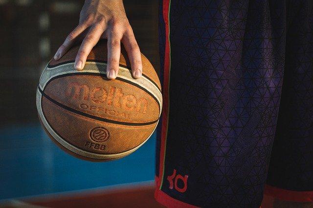 En finale des Jeux Olympiques de Basket les Etats Unis battent la France