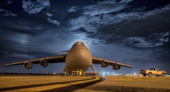 Évacuations en Afghanistan : 185 Français et Afghans à bord d'un avion à Abou Dabi