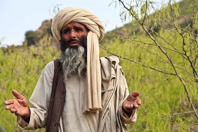 """""""La guerre est terminée"""" en Afghanistan assurent les talibans"""