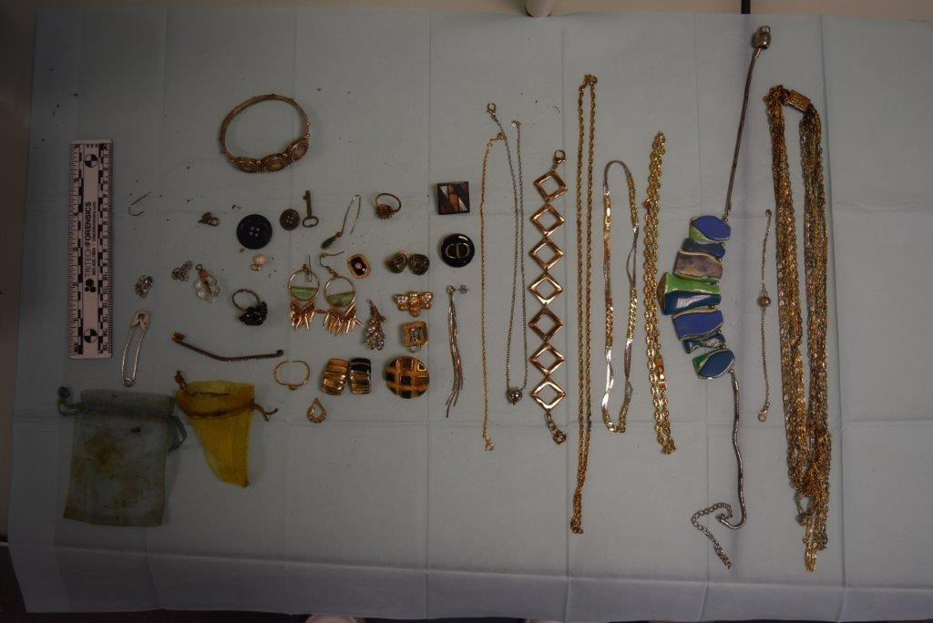 Albi - Bijoux volés cherchent propriétaires