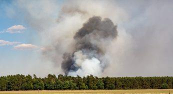 Violent incendie d'une usine à Pamiers, les habitants appelés à se confiner